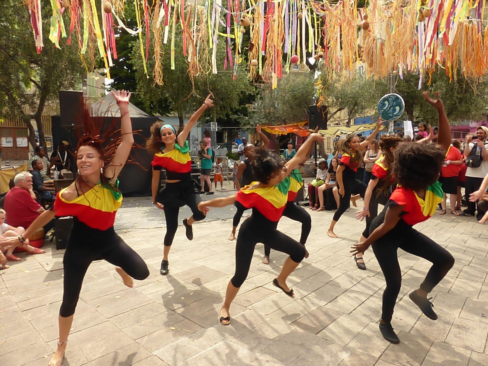Na Don Ke seront présentes au festival LES FESTIVES 2016 à Marseille